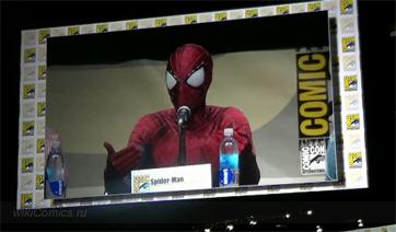 Эндрю Гарфилд в роли Человека-Паука в Сан-Диего