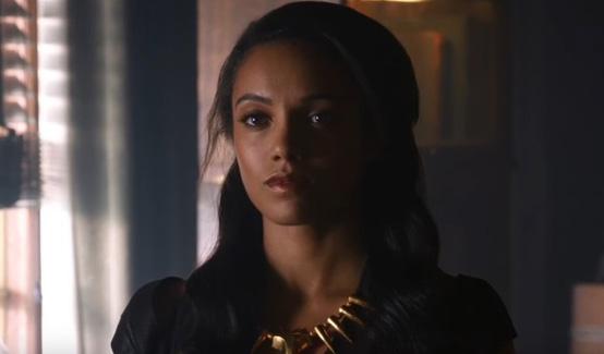 Лисица (Амая Джуи) в сериале Легенды завтрашнего Дня
